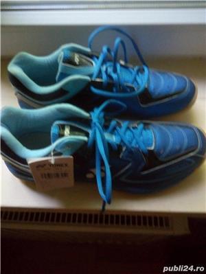 Pantofi sport barbatesti Yonex, culoare albastra,marimea 45,noi. - imagine 1