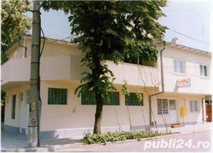 Inchiriez Vila 7 camere zona Stadion Constanta (eventual si pentru muncitori, 25 lei/ persoana) - imagine 1