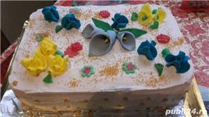 Prajiturii si tort - imagine 1