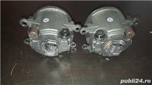 Proiector stanga Suzuki Alto V , Suzuki Escudo II , Suzuki Grand Vitara II , Suzuki Jimny  - imagine 3
