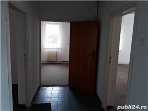 Inchiriez etajul 2 din imobil P+3 cu spatii de  birou, Brasov,  Zizinului nr.111 - imagine 8