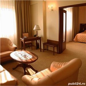 Vand Hotel Central Oradea , D+P+3E,ctr 2008 , SC 4400 , 39 cam , restaurant 120 locuri , piscina ,  - imagine 7