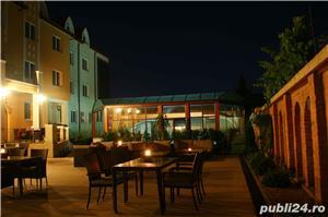 Vand Hotel Central Oradea , D+P+3E,ctr 2008 , SC 4400 , 39 cam , restaurant 120 locuri , piscina ,  - imagine 4