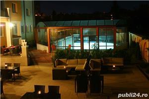 Vand Hotel Central Oradea , D+P+3E,ctr 2008 , SC 4400 , 39 cam , restaurant 120 locuri , piscina ,  - imagine 3