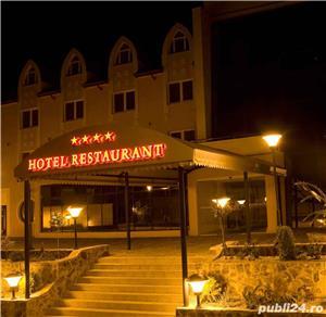Vand Hotel Central Oradea , D+P+3E,ctr 2008 , SC 4400 , 39 cam , restaurant 120 locuri , piscina ,  - imagine 2