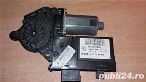 Motoras geam derapta fata peugeot cod: 9634457480 - imagine 1