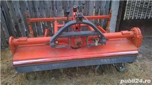 Freze tractor , tractorase - imagine 4