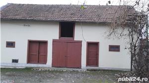 (110) Casa langa Manastirea Aninoasa, Arges - imagine 4