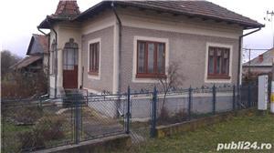 (110) Casa langa Manastirea Aninoasa, Arges - imagine 1