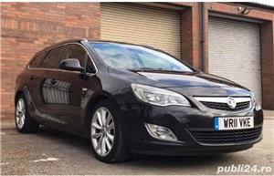 Dezmembrez Opel Astra J 2011 - imagine 1