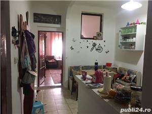 Apartament de vanzare la casa cu 2 camere, zona Alfa - imagine 2