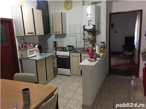 Apartament de vanzare la casa cu 2 camere, zona Alfa - imagine 1