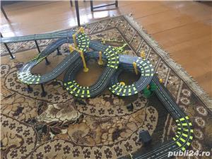 Joc cu masini electrice - imagine 4