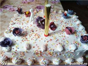 Prajiturii si tort - imagine 17