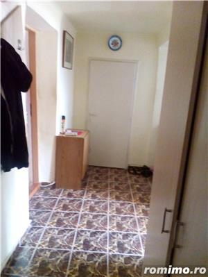 Vanzare 3 camere cu centrala proprie - imagine 9