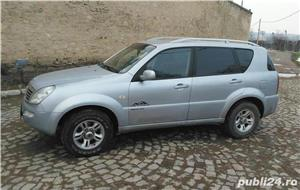 Ssangyong Rexton 4x4 SUV off road  - imagine 19