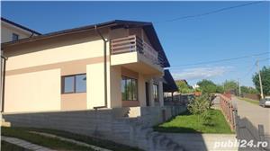 Vila de vanzare, zona Bucium -1,2 Km fata de Hanul Dacilor - imagine 1