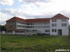 Pensiune cu 20 camere,stadiu la ,,Gri'',in Dindesti,Satu Mare. - imagine 3