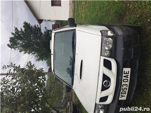 Nissan Terrano - imagine 4