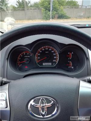 Toyota Hilux - imagine 5