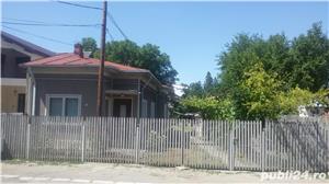 Vand casa ,central, Focsani ,90000 . - imagine 2