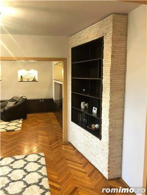 Ultracentral - 3 camere decomandat - lux - garaj - 750 euro - imagine 7