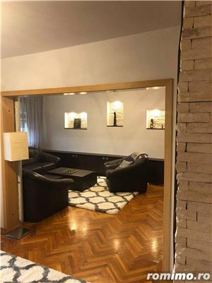 Ultracentral - 3 camere decomandat - lux - garaj - 750 euro - imagine 6