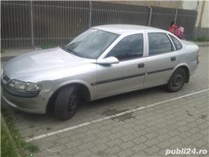 Opel Vectra - imagine 1