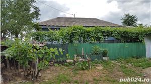 Casa si terenuri - imagine 9
