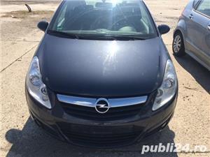 Dezmembrez Opel Corsa D 1 - imagine 1