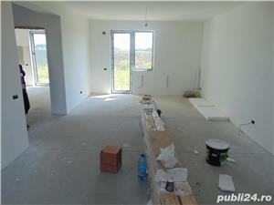 FARA COMISIOANE casa cu 4 camere 2 bai 2 balcoane P+1+pod 2018 pe 450mp finisaje LA CHEIE canalizare - imagine 3
