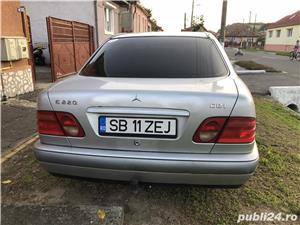 Mercedes-Benz E 220 - imagine 3