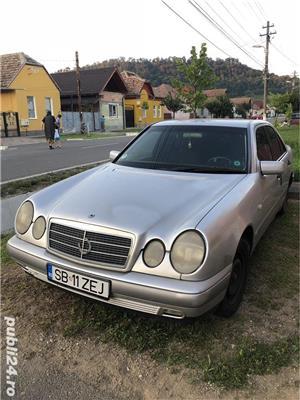 Mercedes-Benz E 220 - imagine 2