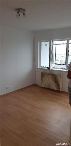 Vand apartament confort 1 - imagine 2