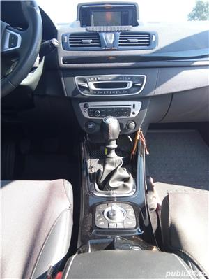 Renault Mégane - imagine 6