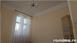 Apartament in cladire istorica, renovat. - imagine 1