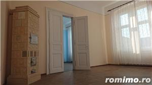 Apartament in cladire istorica, renovat. - imagine 5