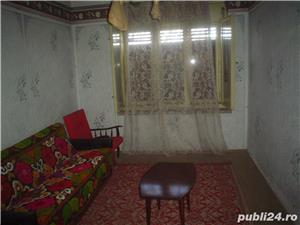 Casa de vanzare In cartierul Mal-Otelu Rosu,zona centrala, Jud.Caras-Severin. - imagine 8