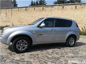 Ssangyong Rexton 4x4 SUV off road  - imagine 6