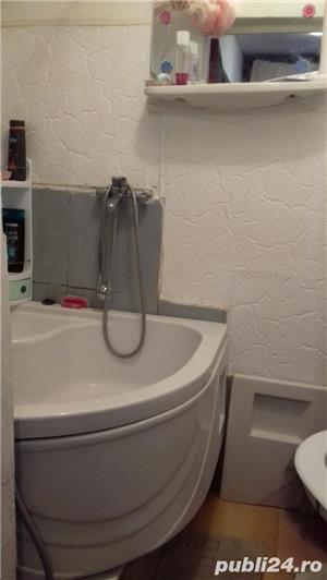 Închiriez o camera in zona Coresi, pentru domnisoara sau doamna. - imagine 6