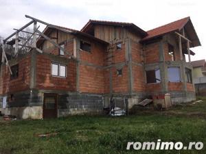 Casa, Zona Drumul Budacului , 600 mp teren,terasa. - imagine 1