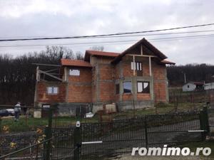 Casa, Zona Drumul Budacului , 600 mp teren,terasa. - imagine 2