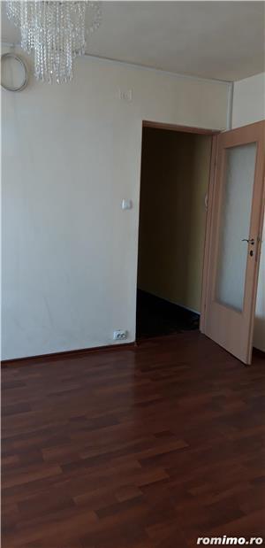 Apartament 3 camere, semidecomandat, Girocului, Piata - imagine 4