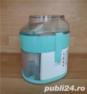 Storcator de fructe si legume DeLonghi RoboDiet Compact KC280, 170 W, Recipient suc 0.5 l, Verde - imagine 5