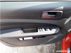 Ford Focus Titanium 136cp Xenon - imagine 6