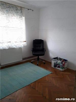 Aradului Est,apart 4 camere decomandat,et 3/4,92 mp,centrala.clima,garaj,85000 euro - imagine 8