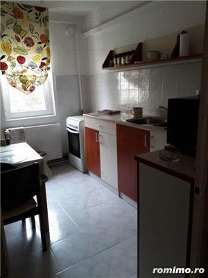 Aradului Est,apart 4 camere decomandat,et 3/4,92 mp,centrala.clima,garaj,85000 euro - imagine 3