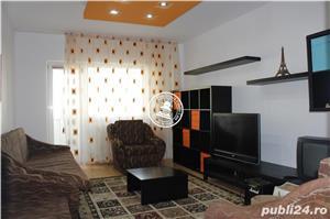 Apartament 3 camere  de vanzare  Centru, - imagine 1