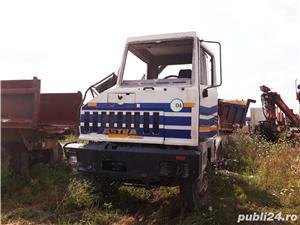 Dezmembrez Camion Astra - imagine 1