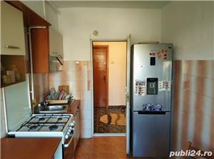 Apartament decomandat, cu centrala cu gaz, zona Delfinariu - imagine 4